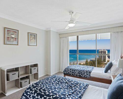 Gold-Coast-2-bedroom-ocean-view-apartments-room-77 (2)
