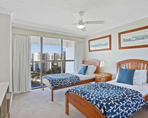 Gold-Coast-2-bedroom-ocean-view-apartments-room-77 (4)