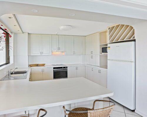 Gold-Coast-2-bedroom-ocean-view-apartments-room-77 (5)
