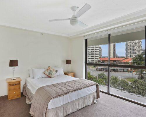 Gold-Coast-3-bedroom-mariner-view-apartments-room-15 (1)