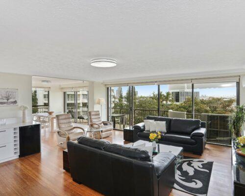 Gold-Coast-3-bedroom-mariner-view-apartments-room-15 (5)