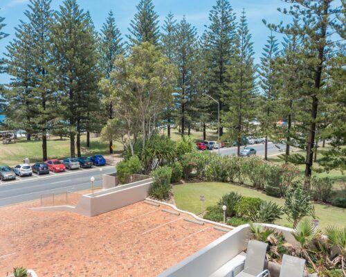 Gold-Coast-superior-1-bedroom-apartments (2)