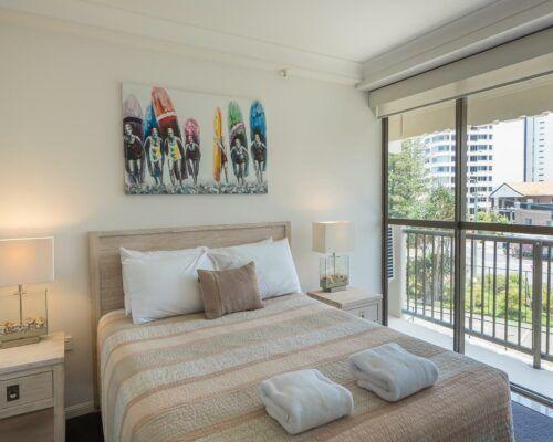Gold-Coast-superior-1-bedroom-apartments (6)