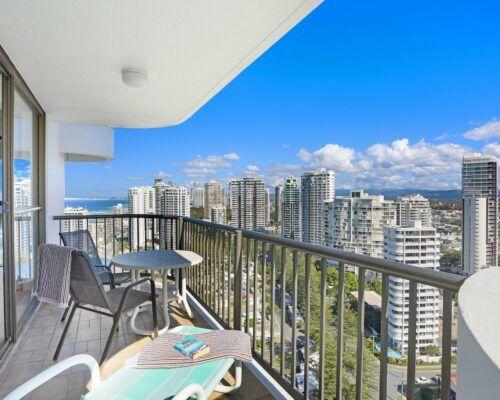 Gold-Coast-superior-1-bedroom-apartments-room-87 (3)