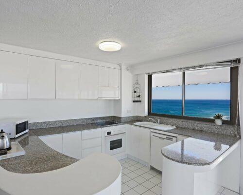 Gold-Coast-superior-1-bedroom-apartments-room-99 (3)