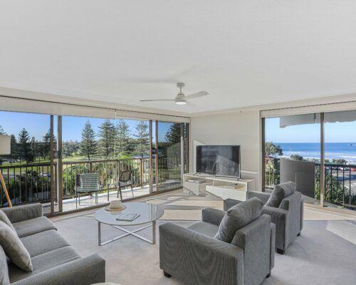 Gold-Coast-superior-2-bedroom-ocean-view-apartments-room-14 (4)