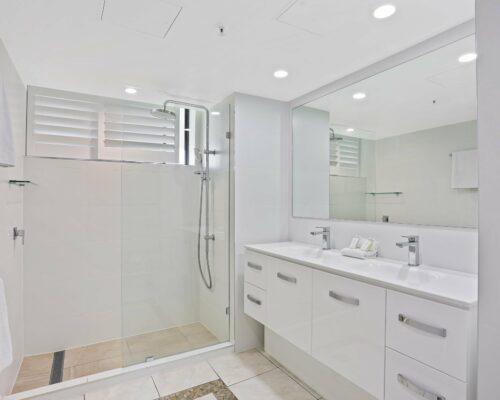 Gold-Coast-superior-3-bedroom-apartments-room-23 (10)