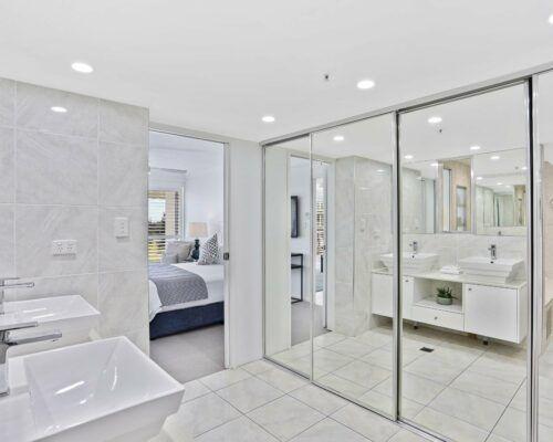 Gold-Coast-superior-3-bedroom-apartments-room-23 (11)