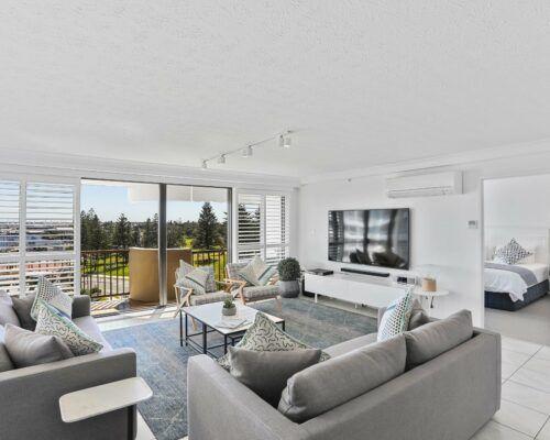 Gold-Coast-superior-3-bedroom-apartments-room-23 (2)