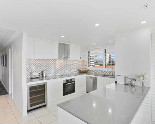 Gold-Coast-superior-3-bedroom-apartments-room-23 (5)