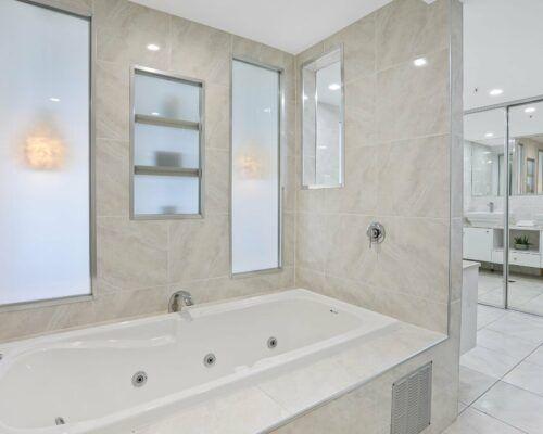 Gold-Coast-superior-3-bedroom-apartments-room-23 (6)
