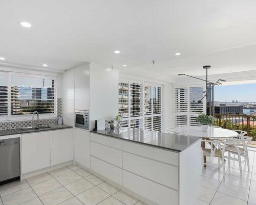 Gold-Coast-superior-3-bedroom-apartments-room-23 (9)