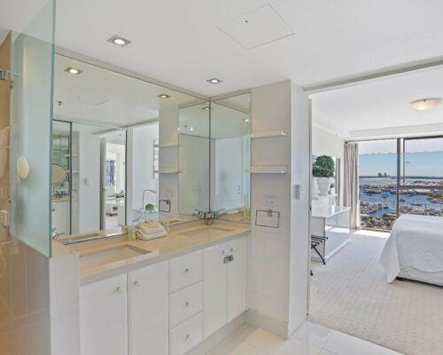 Gold-Coast-superior-3-bedroom-apartments-room-47 (2)