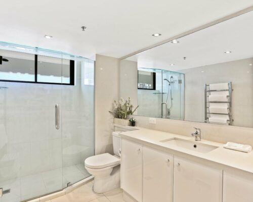 Gold-Coast-superior-3-bedroom-apartments-room-47 (3)