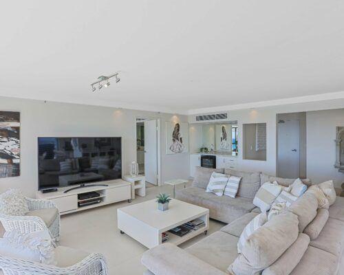 Gold-Coast-superior-3-bedroom-apartments-room-47 (8)