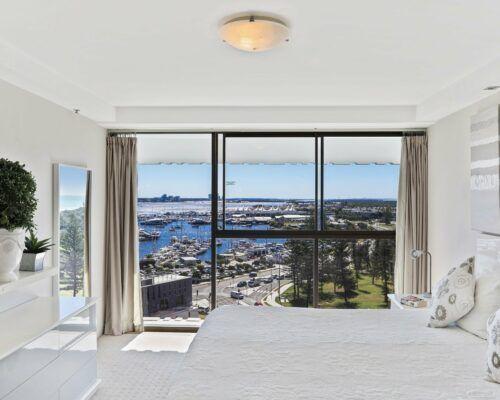 Gold-Coast-superior-3-bedroom-apartments-room-47 (9)
