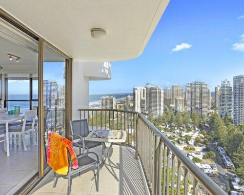 main-beach-executive-accommodation (3)