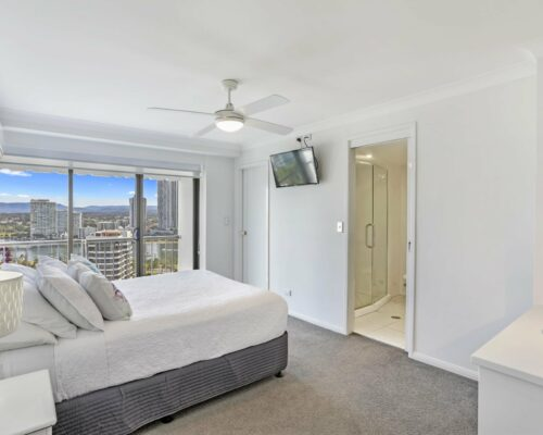 main-beach-executive-accommodation (4)